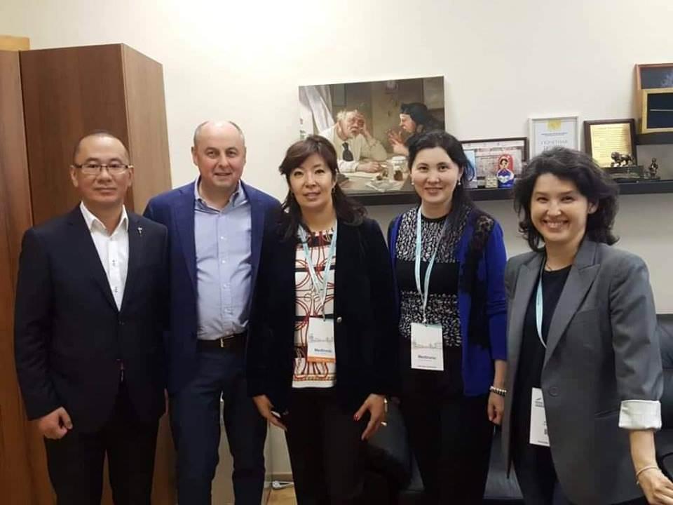 «ҚазОРҒЗИ» қызметкерлері «Белые ночи 2018» онкологиялық форумына қатысты